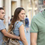 Женщины НЕ за моногамию, верность и стабильные отношения