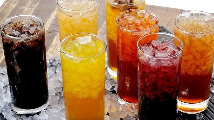 Лучшие напитки для утоления жажды в жару